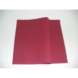 servilleta 20x20 2 capas burdeos gofrado plegado 1/4 personalizada 2 colores